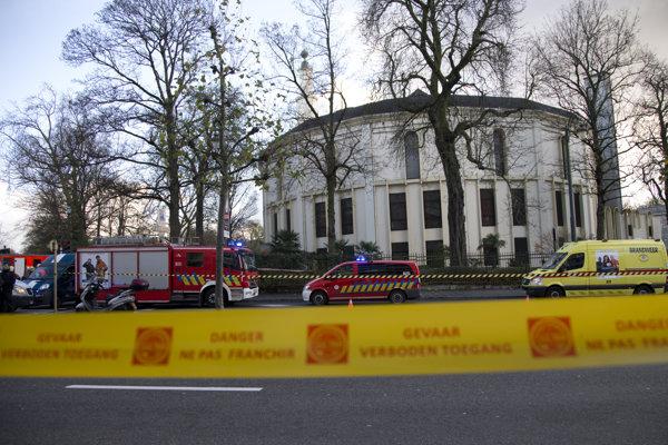 Veľkú mešitu v Bruseli nedávno evakuovali, keď v nej našli nebezpečný balíček.