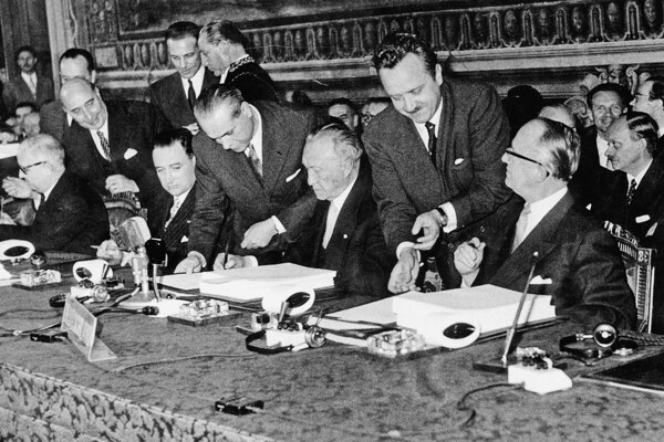 Podpis Rímskych zmúv v roku 1957.