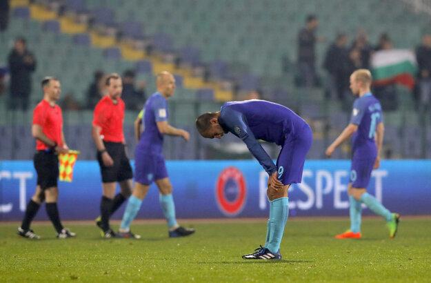 Reakcia holandských futbalistov po prehre v Bulharsku.