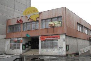 Kultúrny dom Lúky v Petržalke.
