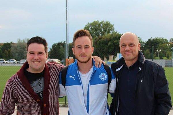 Filip (vľavo), Dominik (v strede) a Peter Holecovci.
