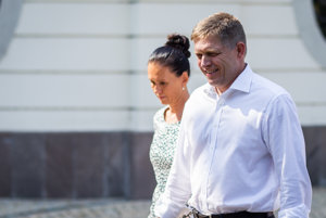 Premiér Robert Fico s manželkou Svetlanou.