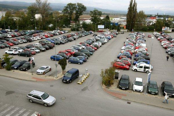 Pri Európe stále parkujeme bezplatne.