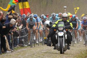 Arenberský les je najslávnejším miestom klasiky Paríž - Roubaix.