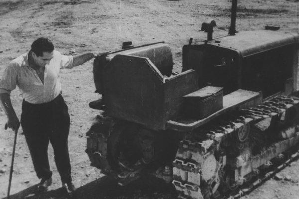 Človek z Málinca (1959), réžia Rudolf Urc. Príbeh vojnového veterána bez nôh zaradili medzi reprezentatívne diela UNESCO.