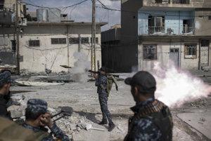 Iracká armáda a polícia sa snaží o porážku Islamského štátu v Mósule.