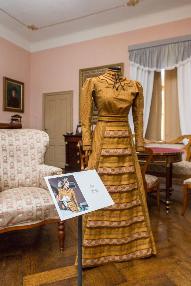 Šaty Márie Černej. Tento kostým nosievala Vica Kerekes.
