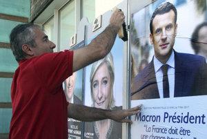 Prvé kolo prezidentských volieb posunulo ďalej Macrona a Le Penovú.
