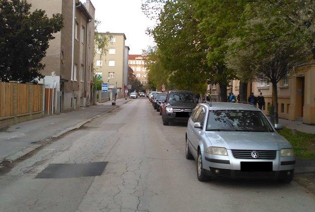 Situácia na Tomášikovej ulici.