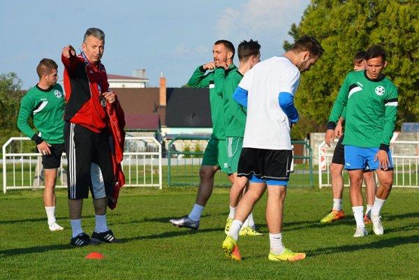 Novým trénerom futbalistov Veľkého Medera sa stal Vladimír Ekhardt.