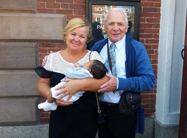 Na krste nechýbali Sašovi rodičia Tamara a Arpád.