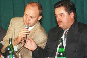 Pavol Rusko a Marián Kočner na spoločnej tlačovke. Majitelia Gamatexu vstúpili do Markízy prvýkrát len na krátky čas, z televízie sa stiahli s tým, že s Pavlom Ruskom budú rokovať.