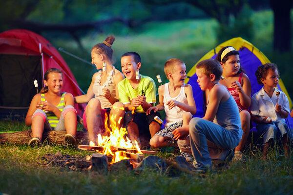 Letný tábor pre deti - ilustračná fotografia.
