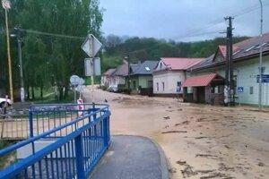 Ulice Jasova po búrke.