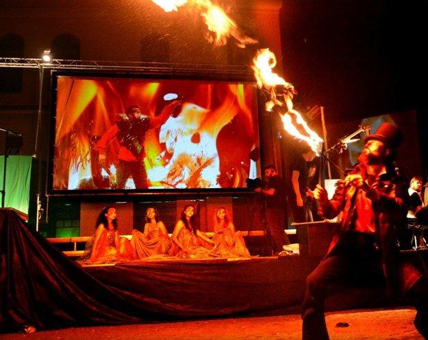 Posledné Imaginácie. Ponúkli aj ohňové predstavenie.