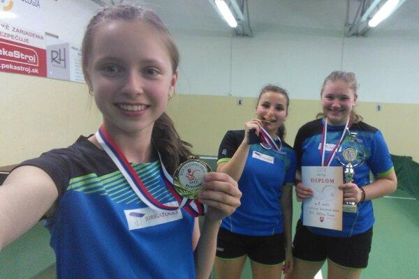 Zľava: Peková, Grigelová aKukuľková budú obhajovať minuloročný titul.