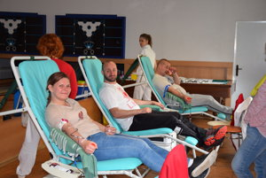 Darcovia krvi na motozraze v Sečovciach.