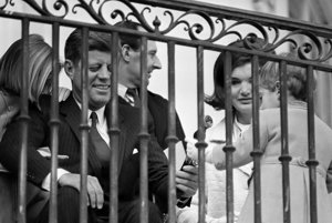 Kennedyovci s deťmi.