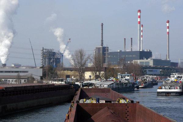 Prístav oceliarní v rakúskom Linzi