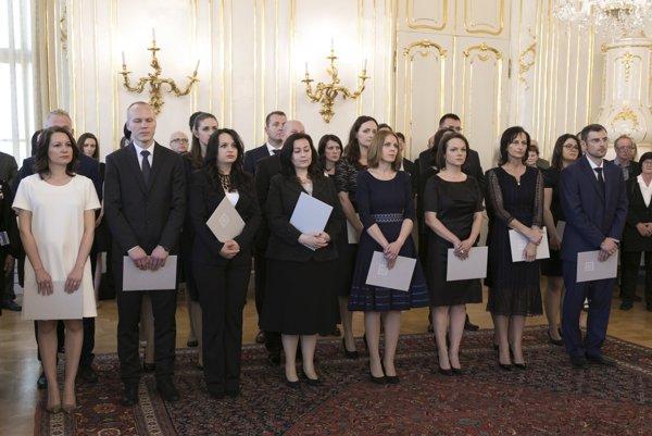 Prezident SR Andrej Kiska vymenoval sudcov bez časového obmedzenia.