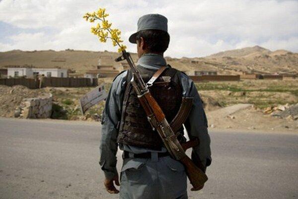 Pracovníci tureckej spoločnosti stavajú komplex pre afganskú políciu.