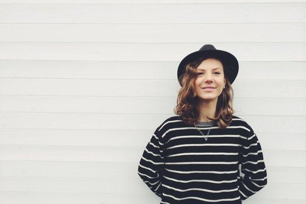 Speváčka Lenny je dcérou šansoniérky Lenky Filipovej.