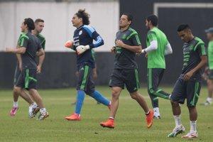 Mexičania žijú futbalom. Ich tím odohrá prvý zápas proti Kamerunu už v piatok.