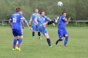 Rabča (v tmavých modrých dresoch) prelomila 17-zápasovú šnúru bez prehry Vasiľovčanov.
