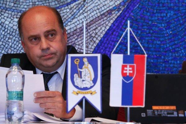Primátor Novák Daniel Daniš.