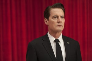 Kyle MacLachlan ako agent Cooper v Twin Peaks.