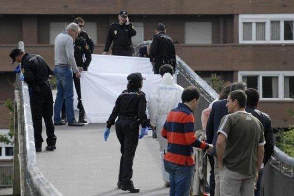 Španielsku političku zastrelila na moste.