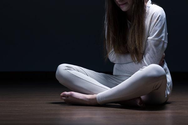 Anorexia nie je chorobou modeliek, tvrdia odborníci. Postihuje najmä ženy, ktoré prežili traumu.