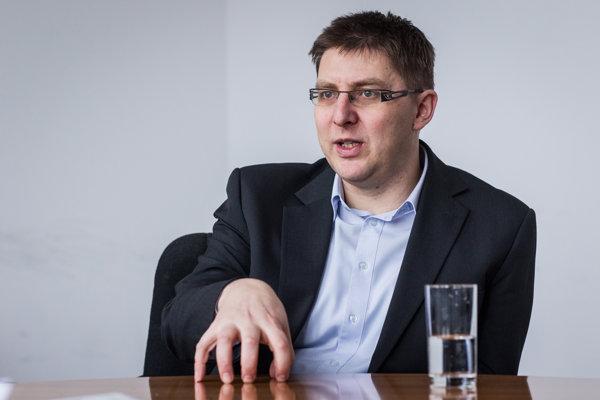 Sociológ Martin Slosiarik z agentúry Focus pre SME hovorí, že s preferenciami Smeru môže zamávať úplná drobnosť.