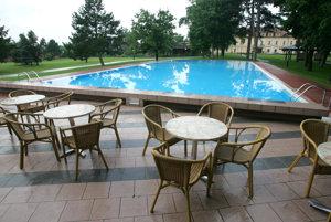 Vonkajší bazén na archívnej snímke z roku 2005.