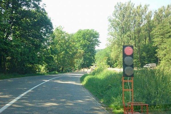 Cesta pri Rimavskom Brezove.