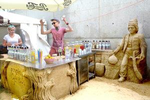 Bar z piesku bol jednou z atrakcií Gurman Festu