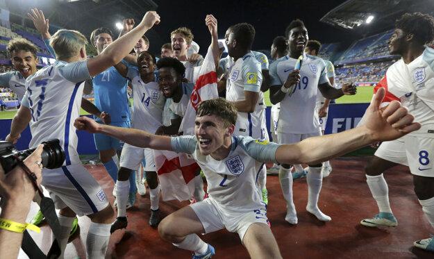 Mladí Angličania sú majstrami sveta.