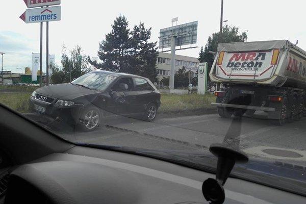Miesto dopravnej nehody.