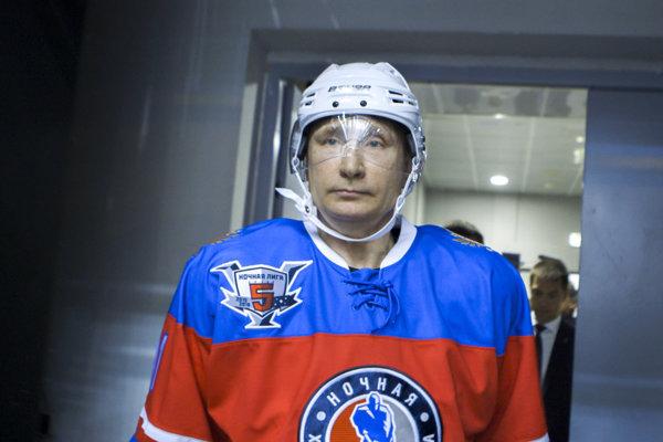 Vladimir Putin vo filme Olivera Stone The Putin Interviews.