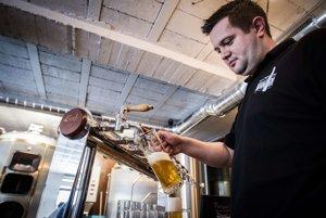 Čapovanie piva je umenie.