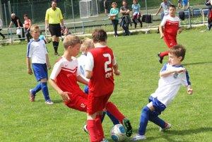 Najmenší futbalisti sa tešia na vyvrcholenie sezóny.