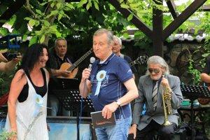 Hlavnou hostiteľkou bude aj tento rok Ľubica Lintnerová za výdatnej podpory humoristu Milana Markoviča.