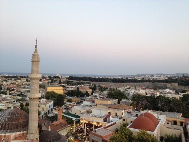 Výhľad na mesto Rhodos z hodinovej veže