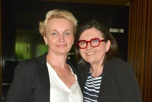 Stretnutie s hviezdou. Naša výherkyňa Katarína Jusková so Zuzanou Kronerovou.