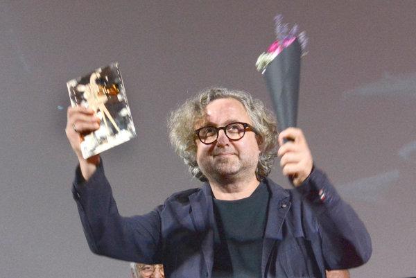 Zlatá kamera. Odniesol si ju z tohtoročného Art Film Festu.