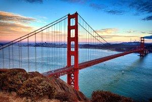 Most Golden Gate nestratil nič zo svojej majestátnosti.