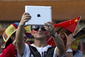 Čínski turisti objavujú svet.