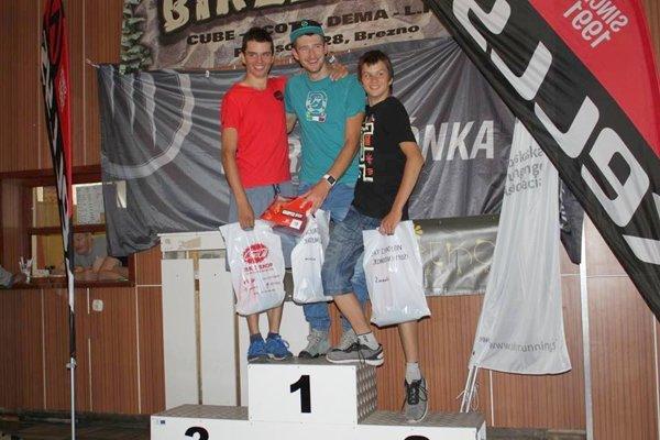 Zľava Roland Hric, Jakub Šiarnik aRandy Hric. FOTO: (VJ)