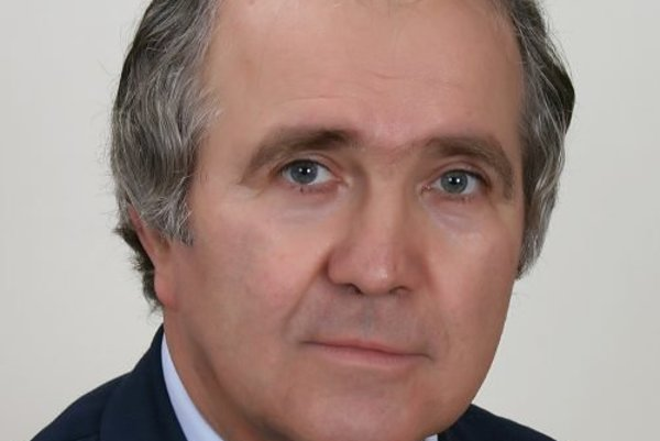 Profesor Igor Kosír