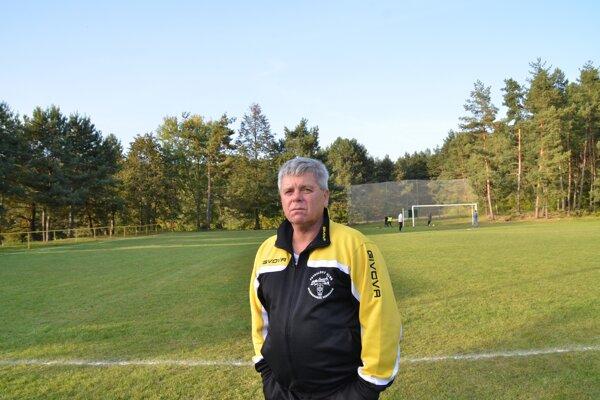 Tréner Július Balta.